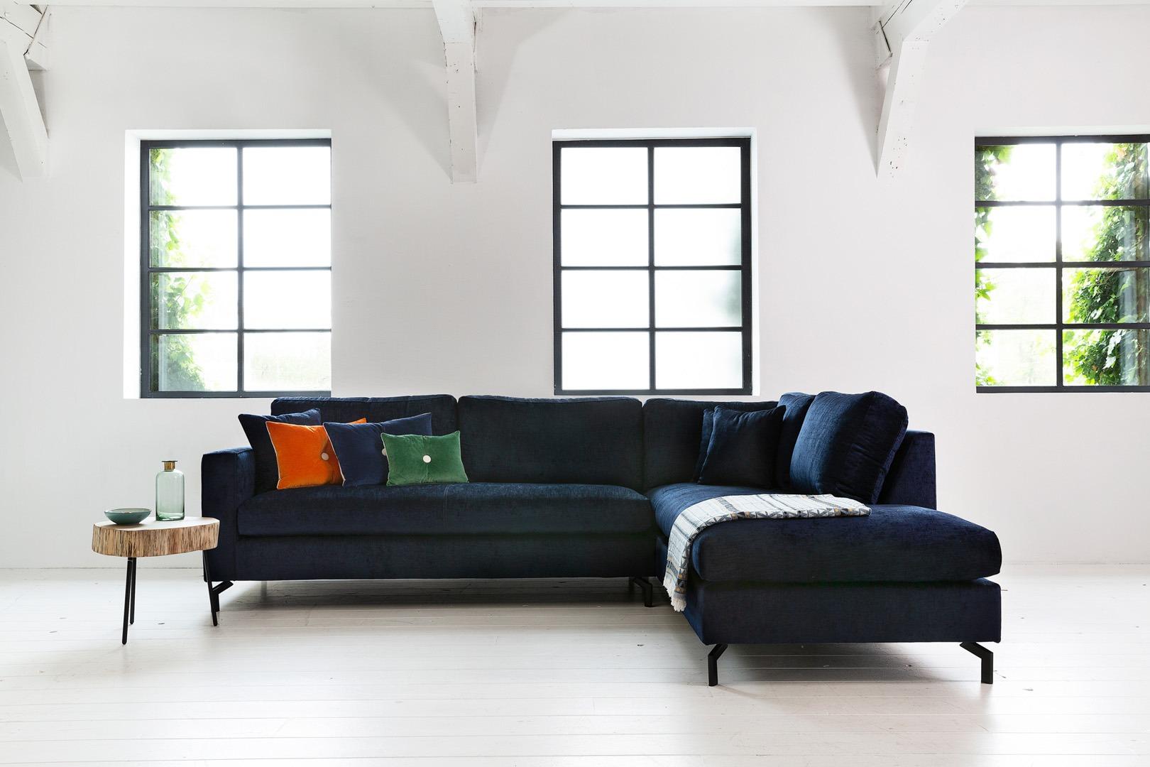 Romantic-paris-hoekbank-met-longchair-bauw-stof-soofs-interieur