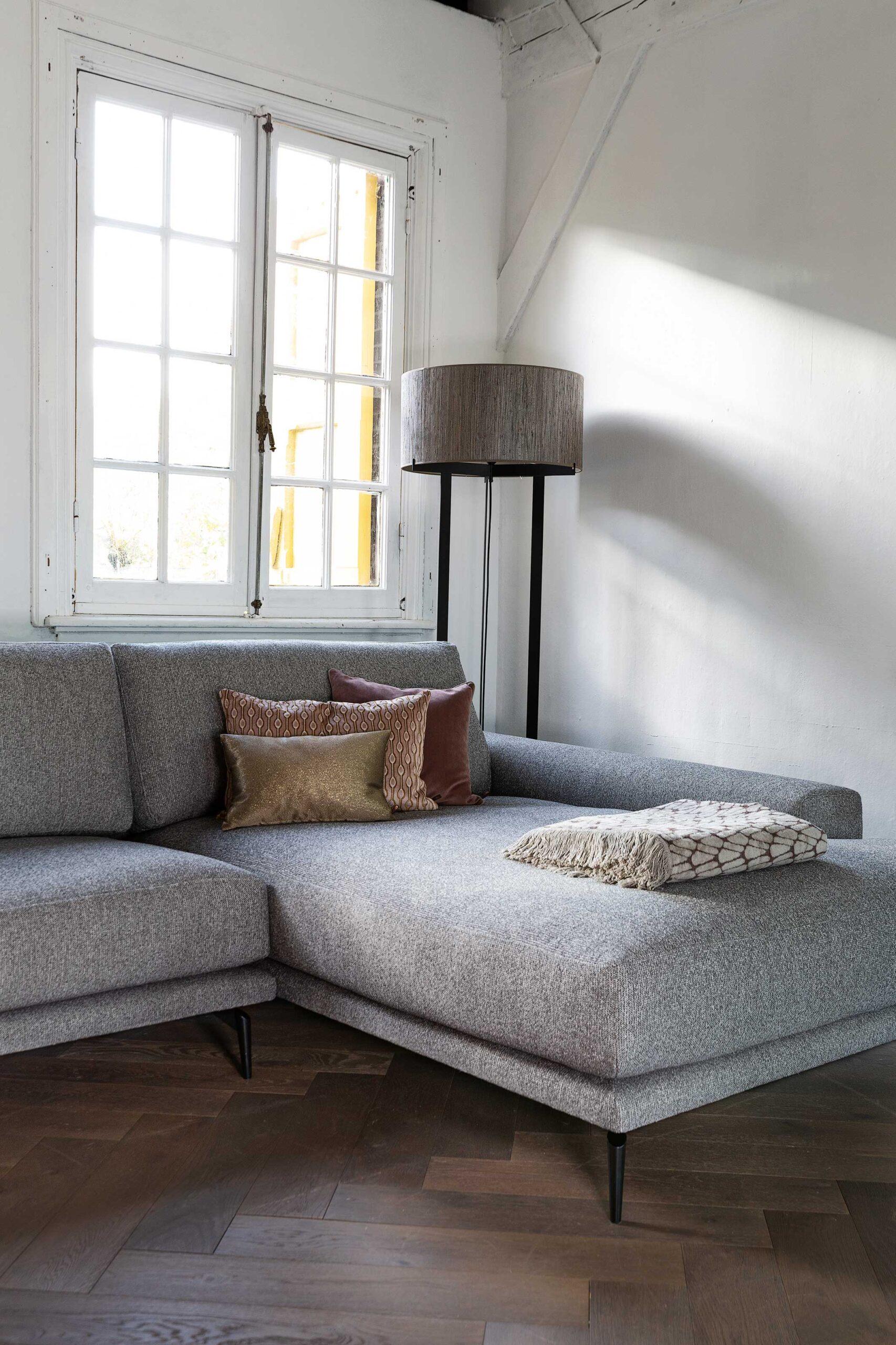 belle-milano-hoekbank-detailfoto-breede-longchair-soofs-interieur
