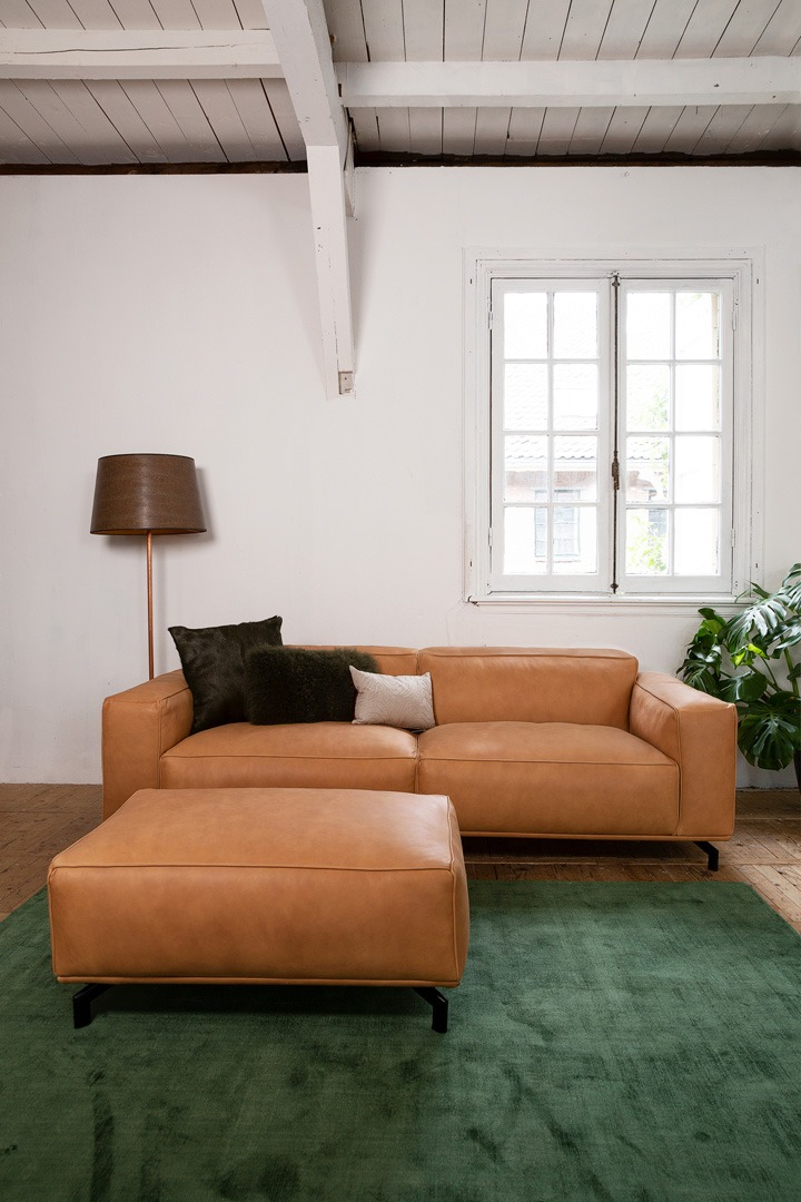 chill-ibiza-bank-hocker-leer-congac-soofs-interieur (1)