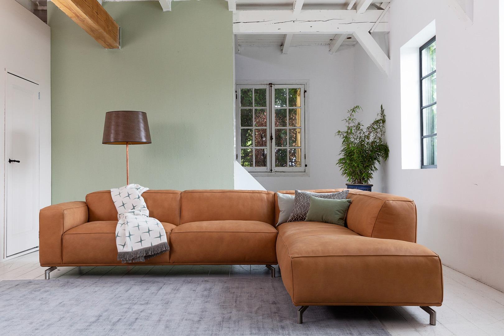 chill-ibiza-congac-leer-ottoman-hoekbank-soofs-interieur (1)