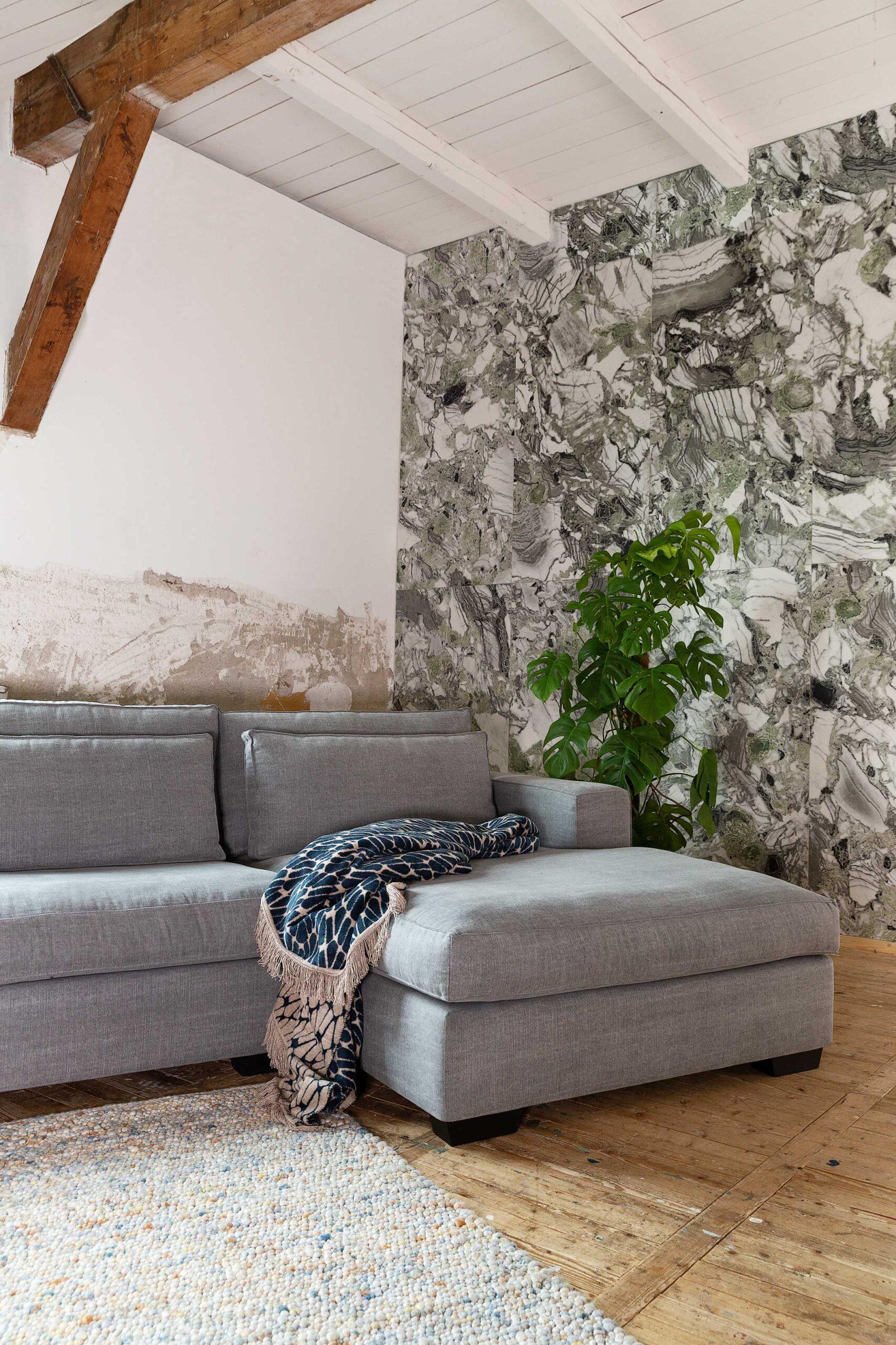comporta-beach-landelijk-moderne-hoekbank-met-longchair-soofs-interieur