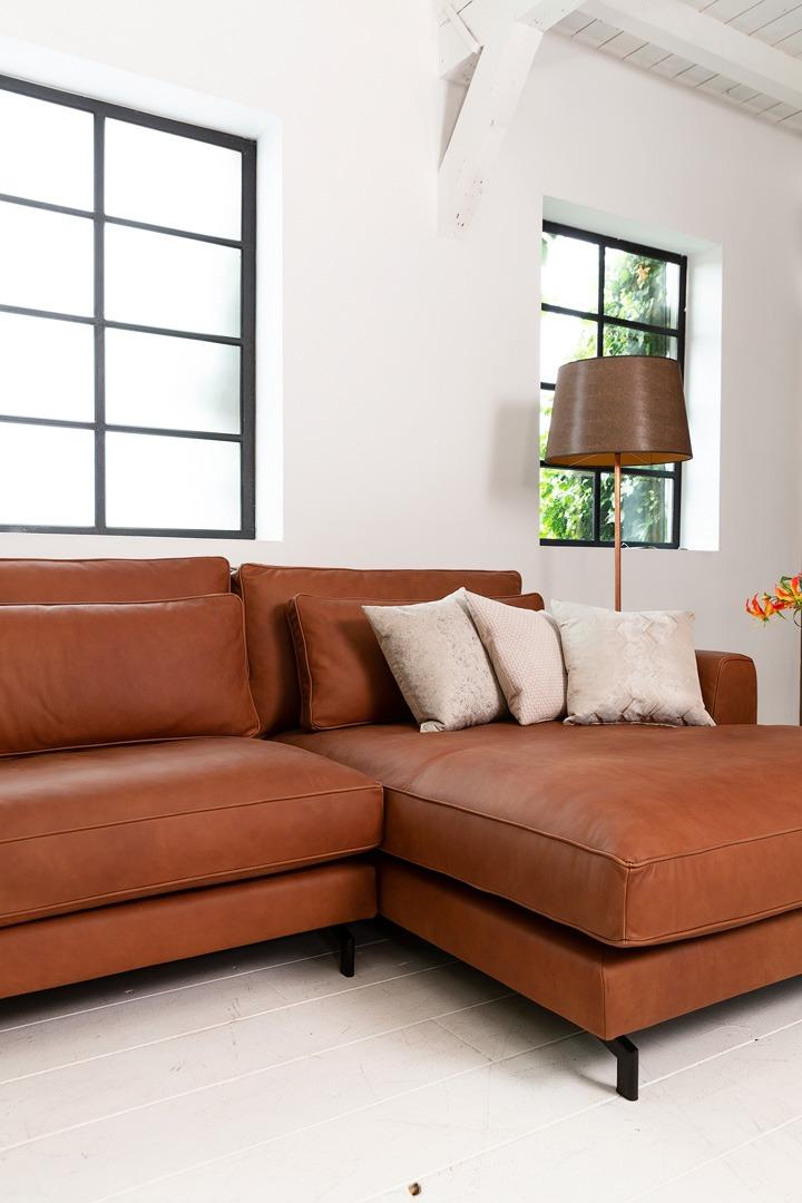 sweet-portobello-congac-leer-hoekbank-longchair-detail-soofs-interieur (1)