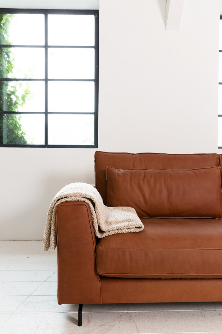 sweet-portobello-detail-congac-leer-bank-soofs-interieur (1)