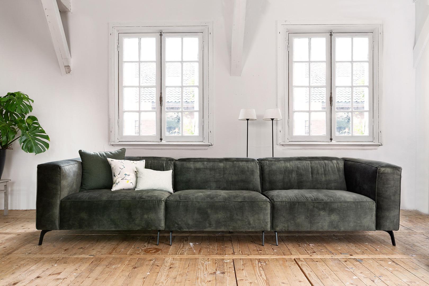 vino-piemonte-bank-groen-stof-soofs-interieur.. (1)