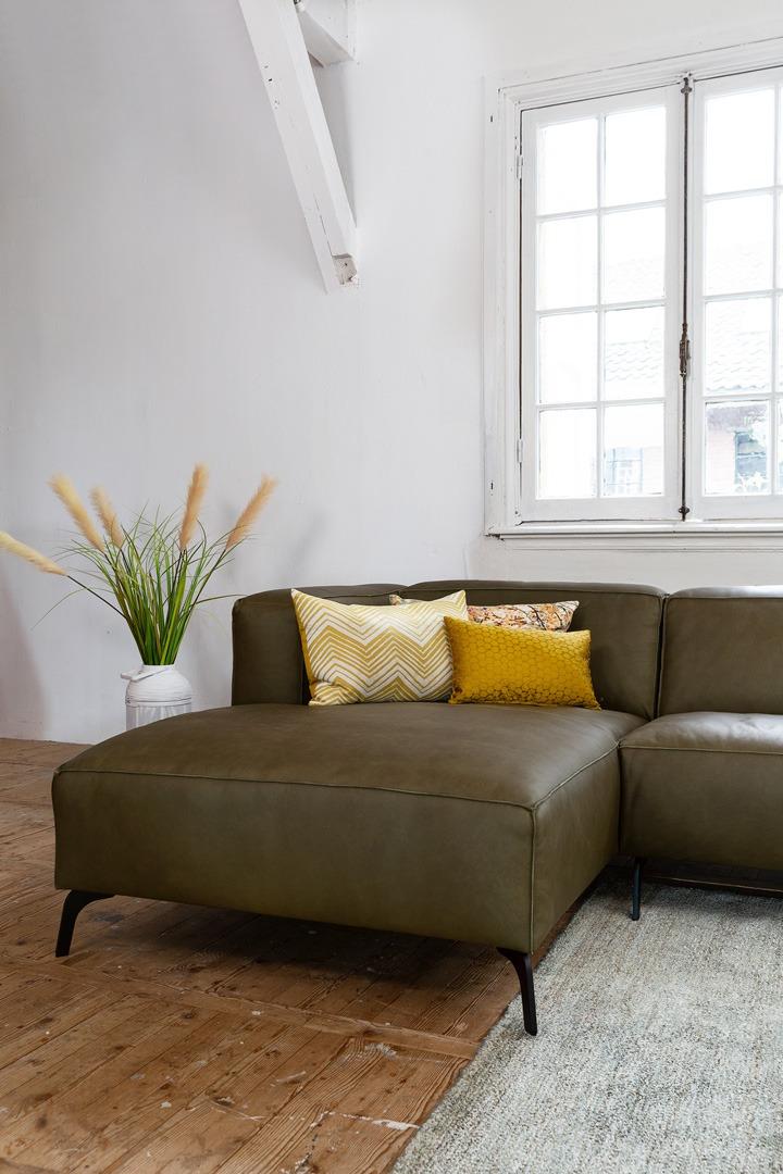 vino-piemonte-groen-leer-detail-hoekbank-longchair-soofs-interieur (1)